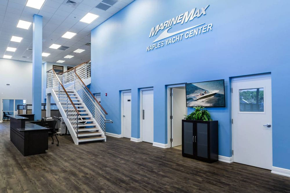 MarineMAx Naples Yacht Center