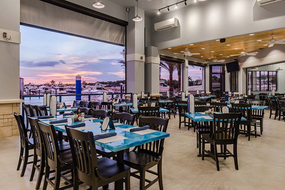 Deep Lagoon Seafood & Oyster House – Tables