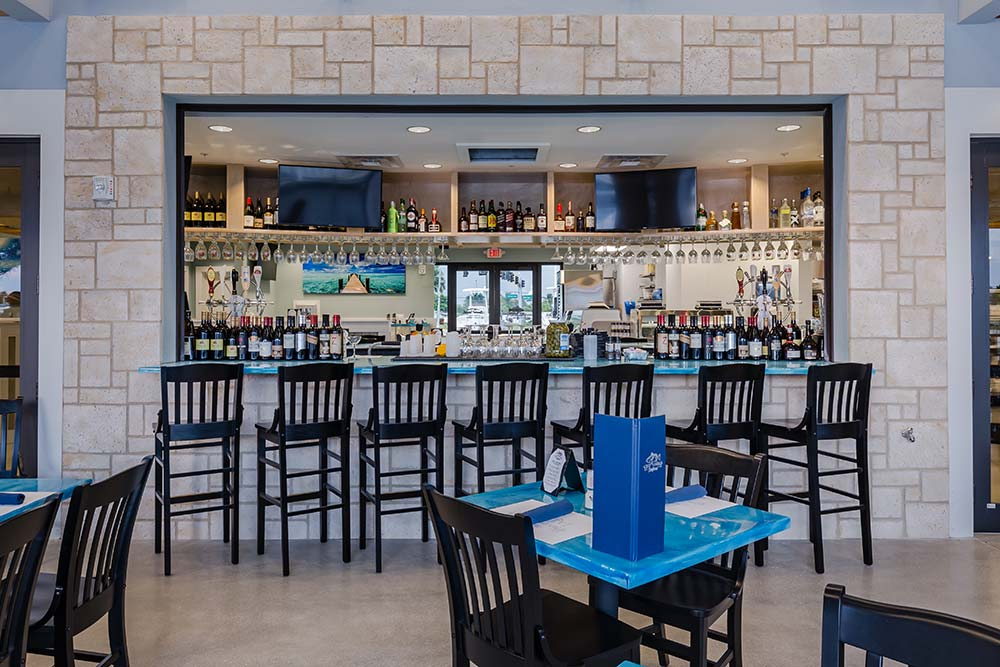 Deep Lagoon Seafood & Oyster House – Kitchen Bar