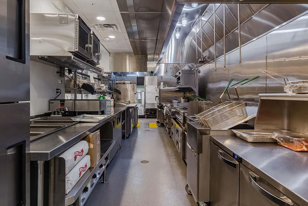 Deep Lagoon Seafood & Oyster House – Kitchen deepfryers