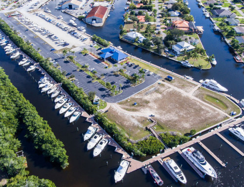 MarineMax Fort Myers Marina